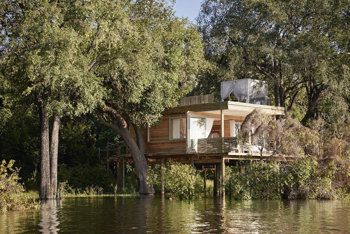 Luxury African Vacations in Zimbabwe with Anywhere in Africa Safaris